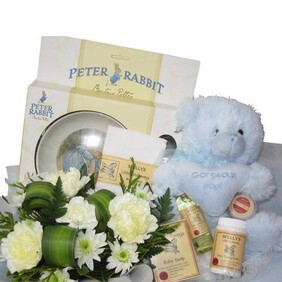 Grande Newborn Hamper - It's a Boy!